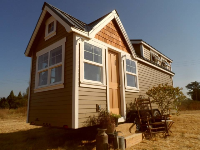 small home with wheels for sale in oregon
