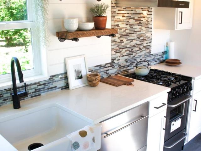 kootenay tiny kitchen idea