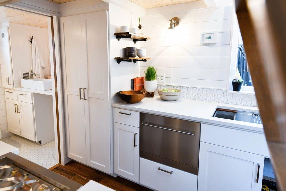 small kitchen tiny house idea
